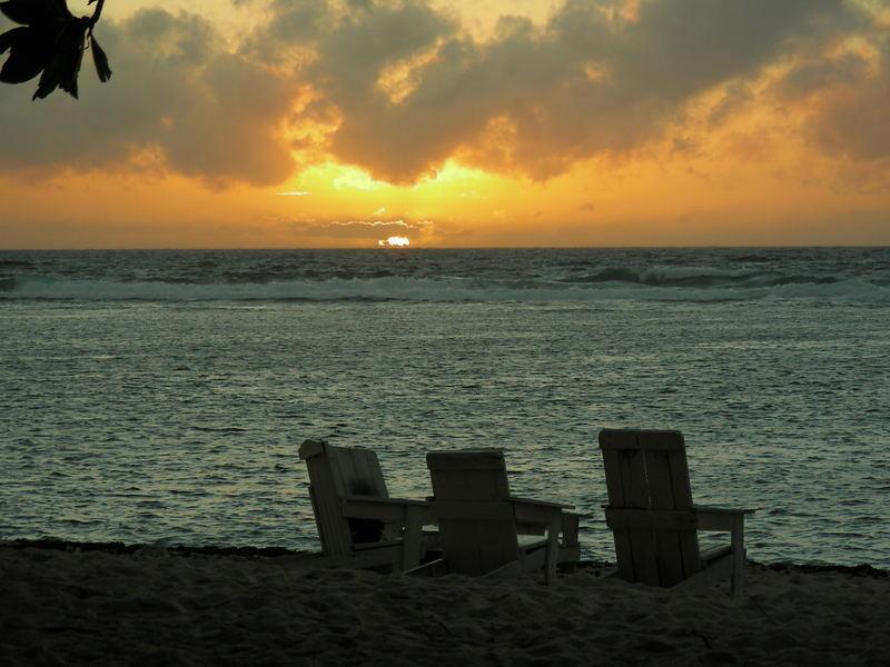 Abendstimmung am Strand von Karrokuolu