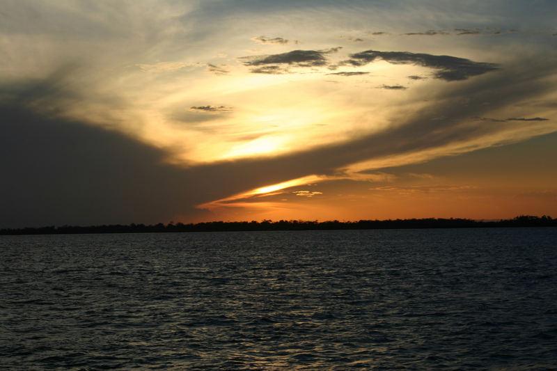 Abendstimmung auf dem Amazonas...