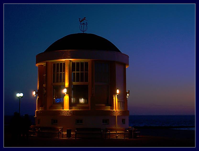 Abendstimmung auf der Strandpromenade