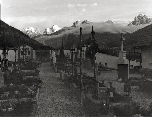 Abendstimmung - Friedhof Welsberg (Pusterttal) mit Dürrenstein