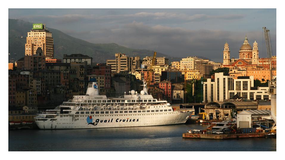 Abendstimmung im Hafen von Genua