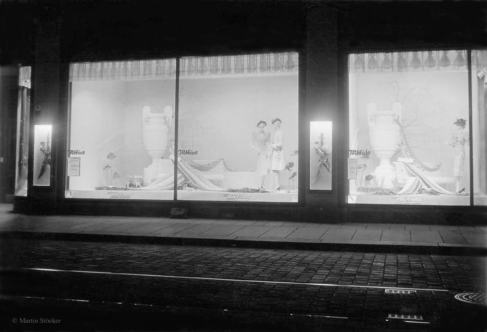 Abendstimmung in Dresdens Straßen (1939)