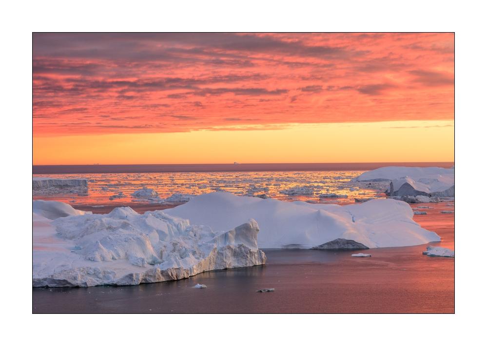 Abendstimmung über den Eisbergen