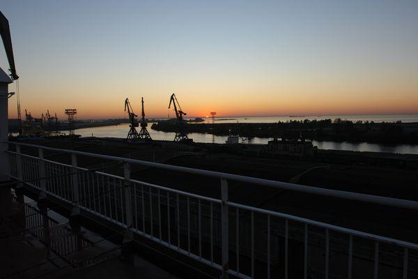 Abenstimmung im Hafen St.Petersburg