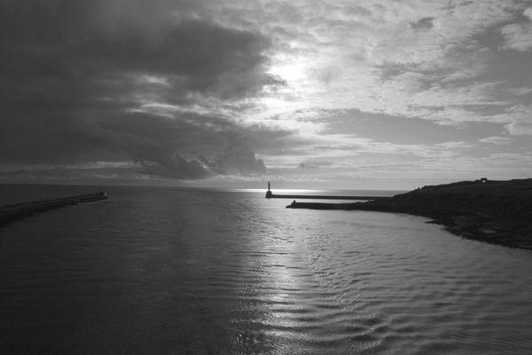 Aberdeen Sonnenaufgang bei der Einfahrt in den Hafen