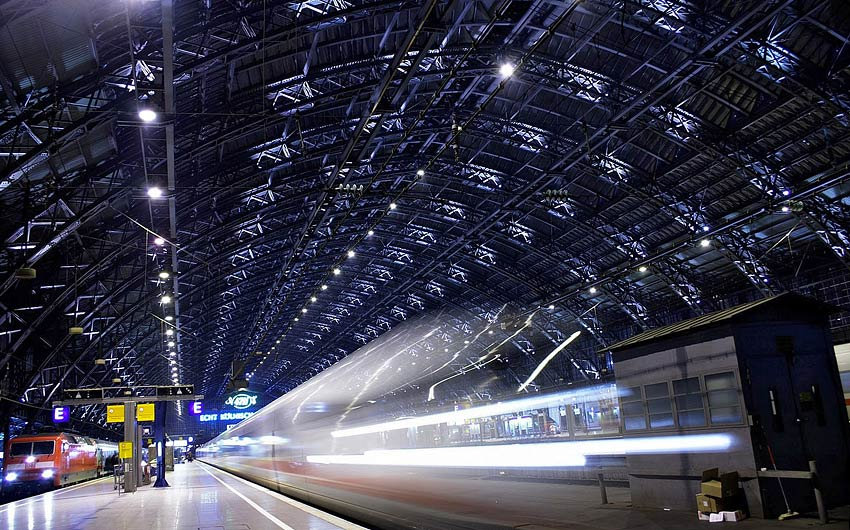 Abfahrt in Köln