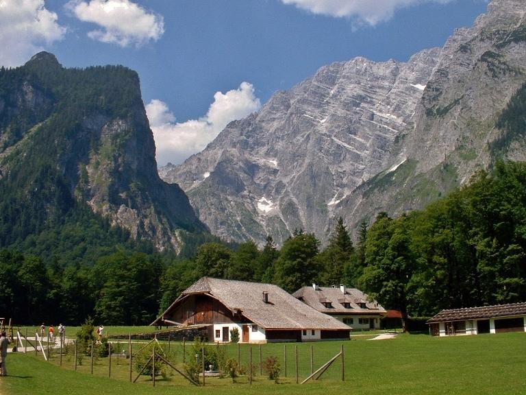 Abseits des Königssees: Traumhafte Landschaft mit Watzmann-Ostwand