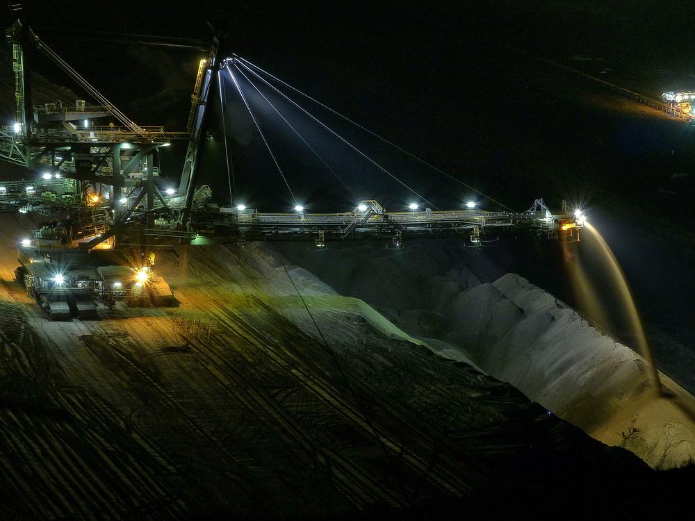 Absetzer bei Nacht