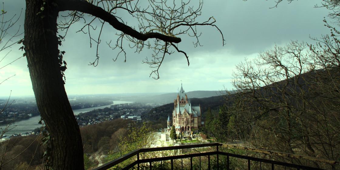 Abstieg vom Drachenfels