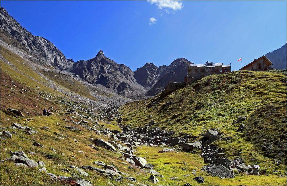 Abstieg von der Rüsselsheimer Hütte