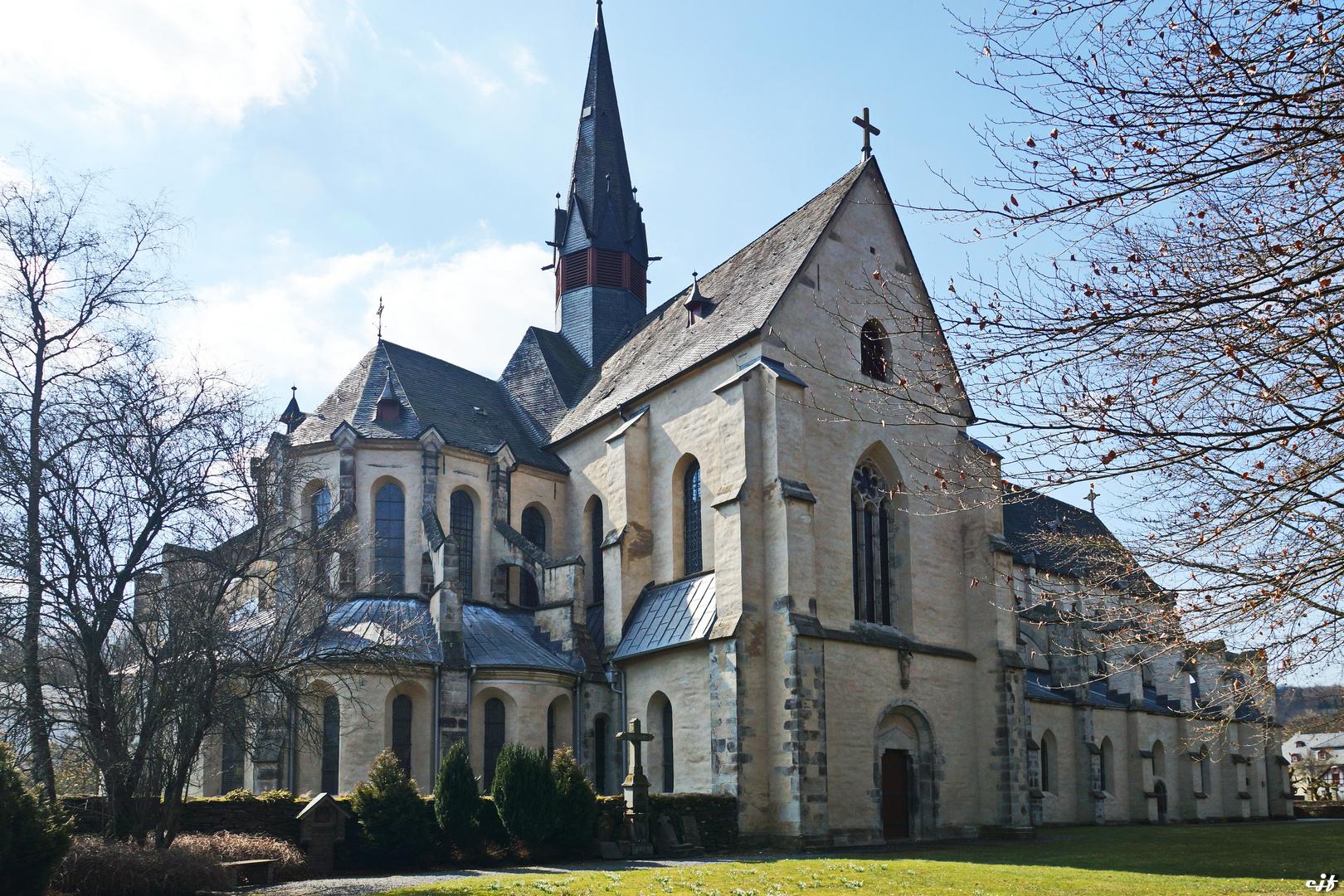 Abteikirche Blickrichtung Chorraum