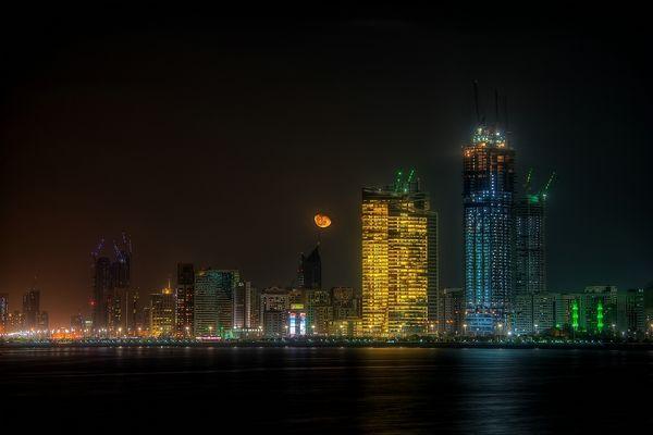 --- Abu Dhabi - Skyline I ---