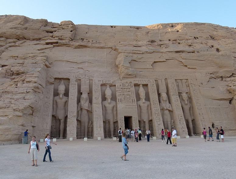 ...Abu Simbel - Hathor Tempel...