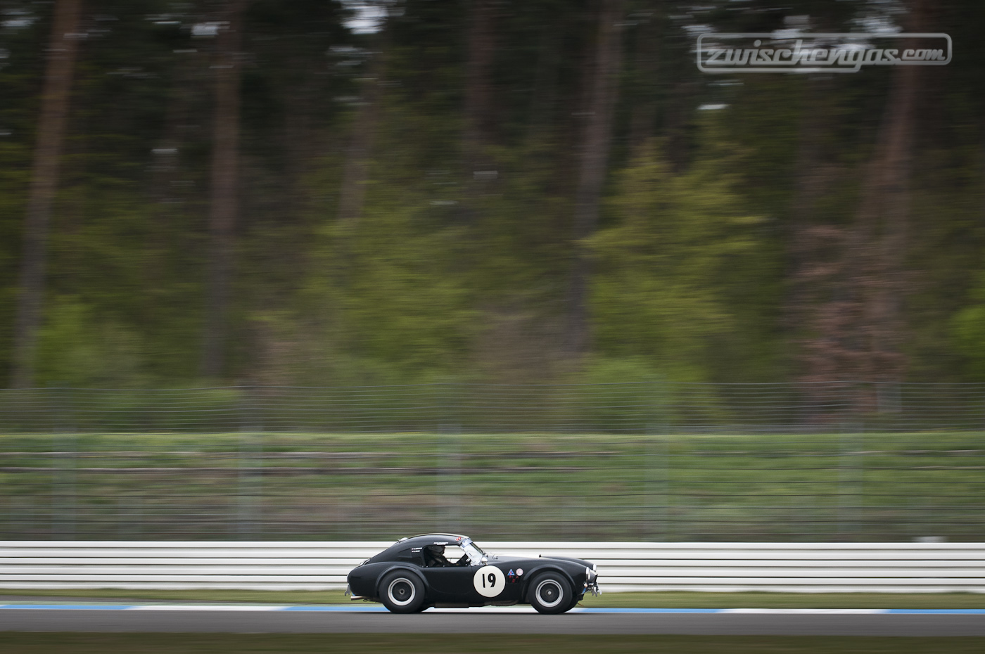 AC Cobra Full Speed auf Parabolika | Hockenheim Historic 2013
