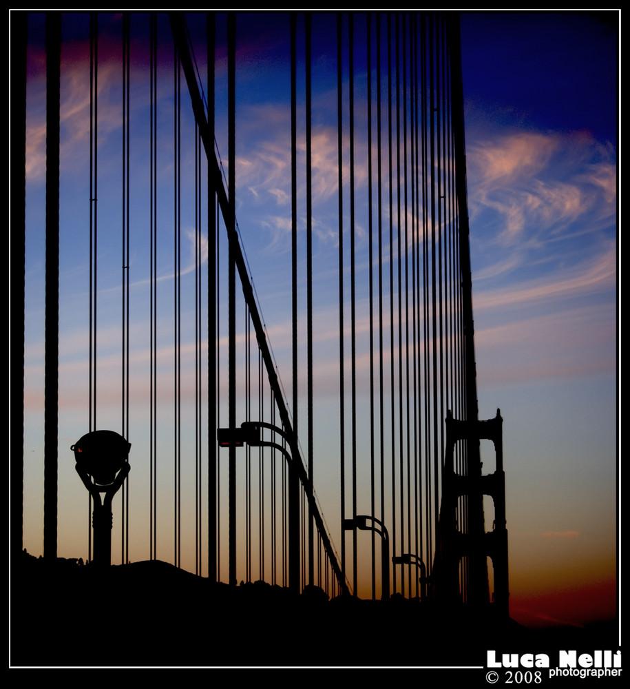 accanto al ponte