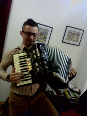 Accordeonist player