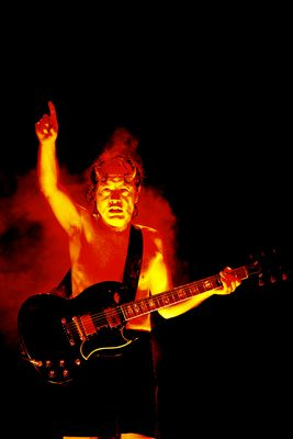 AC/DC are back