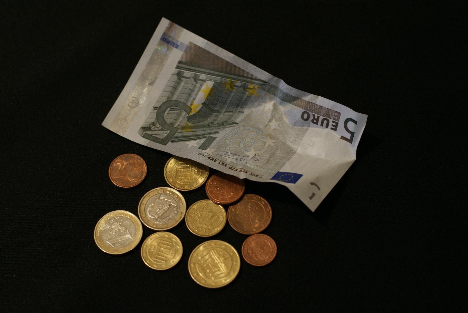 Acht Euro Erhöhung...