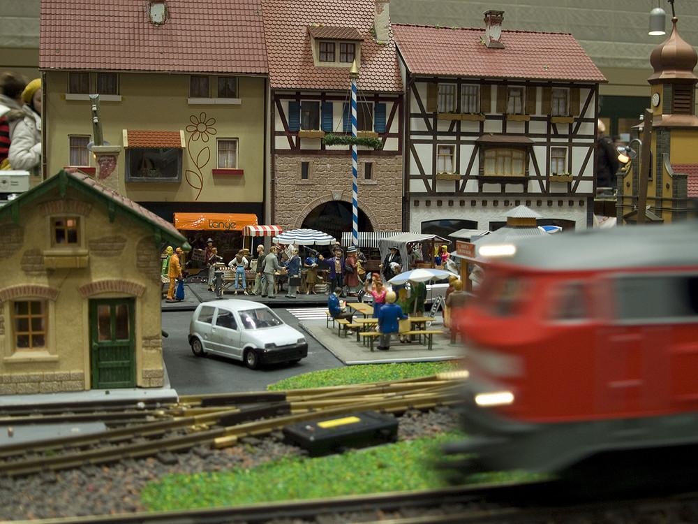 Achtung: Zug fährt durch