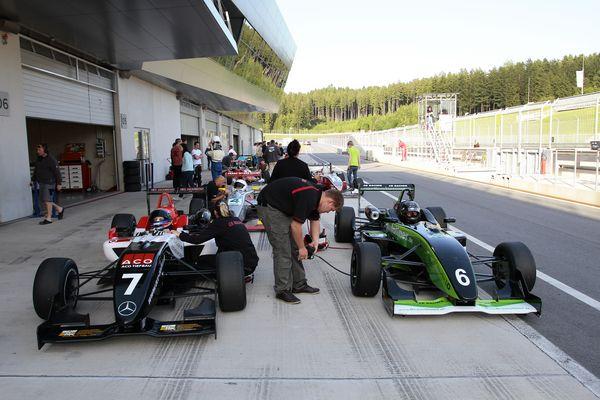 ACO Tiefbau und KOB Brawoliner Andreas Germann CR Racing Team