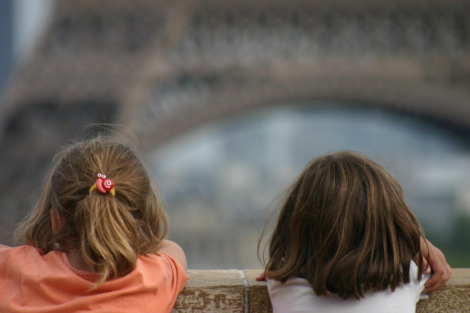 Admiración por la Tour Eiffel