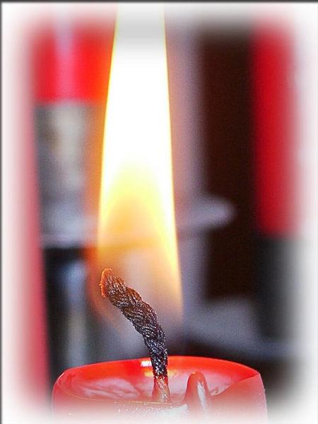 Advent Advent ein Kerzlein brennt.