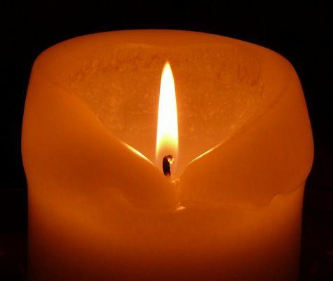 Advent Advent ein Lichtlein brennt...