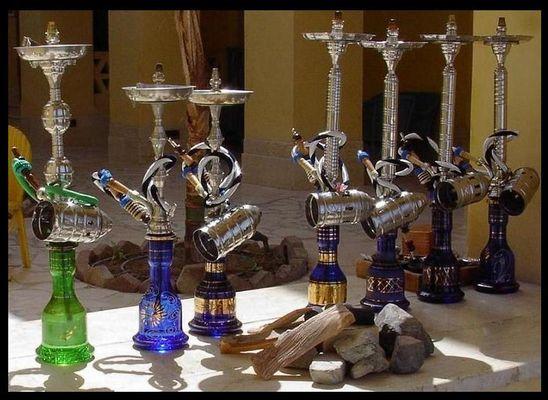 Ägyptische Wasserpfeiffen