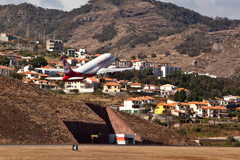 Aeroporto da Madeira (FNC) - Bye bye Madeira -