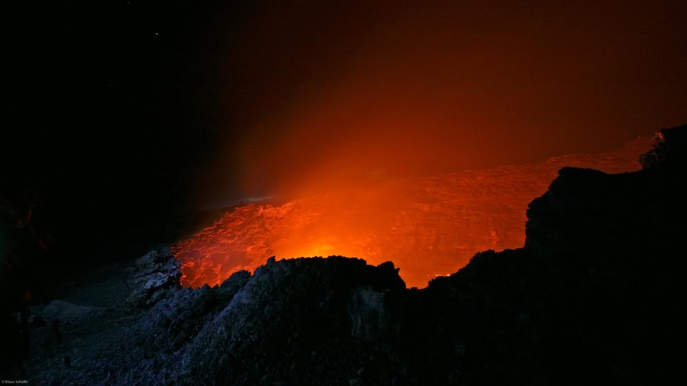 Äthiopien - Feuerschlund am Vulkan Ertale (1)
