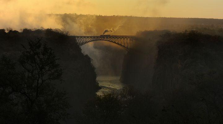 Afrika; Zimbabwe 2013 (7) Morgens in Victoria Falls