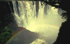 Afrikanische Magie aus Wasser und Licht