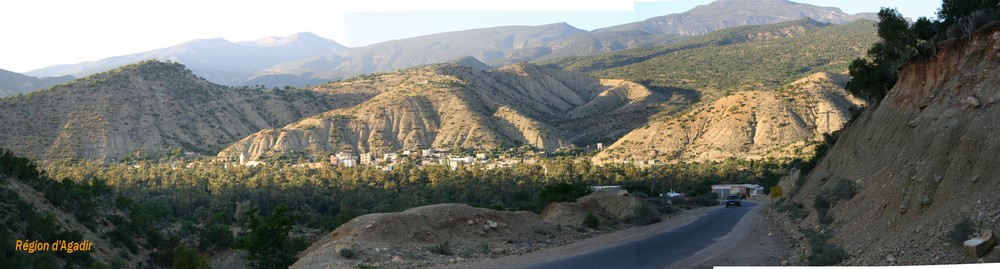 Agadir palmeraie dans l'Atlas
