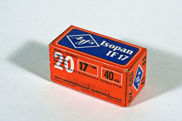 Agfa Isopan IF - 17