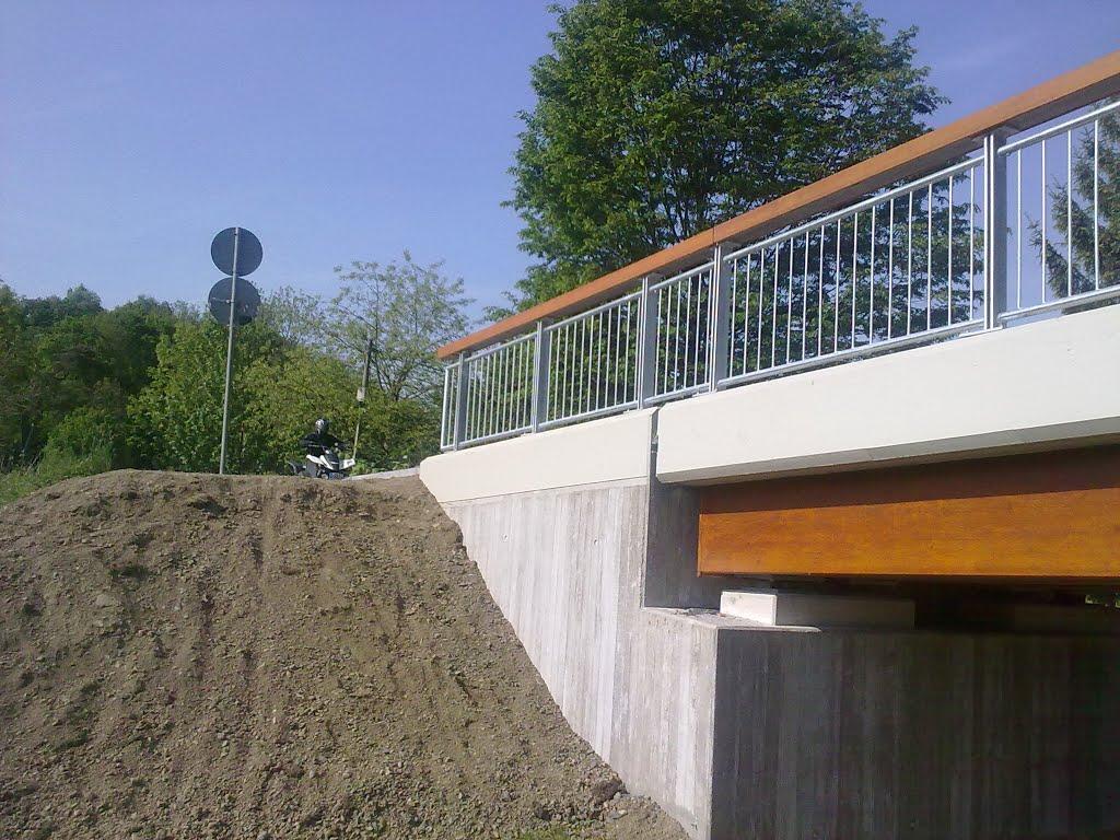 Aggerbrücke in Kreuznaaf. Sonntag, 04. Mai 2014
