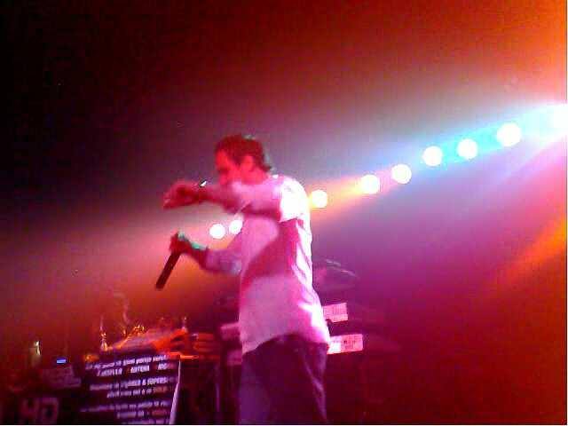 "Agon Bajrami Live Auftritt am 07.11.2009 in Muenchen DIsco ""Bleoni"""