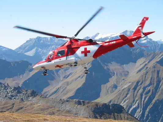 Agusta 109K2 der REGA