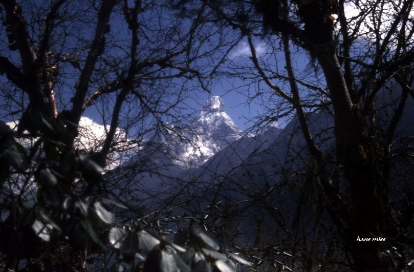 Ahmai Dablan (Nepal)