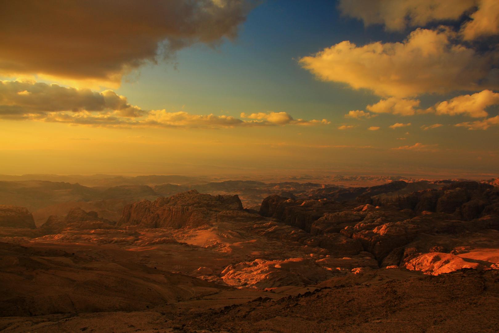 Aida Blu Jordanien - Petra - kurz vor Sonnenuntergang