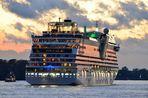 AIDAsol Genova verlässt Hamurg