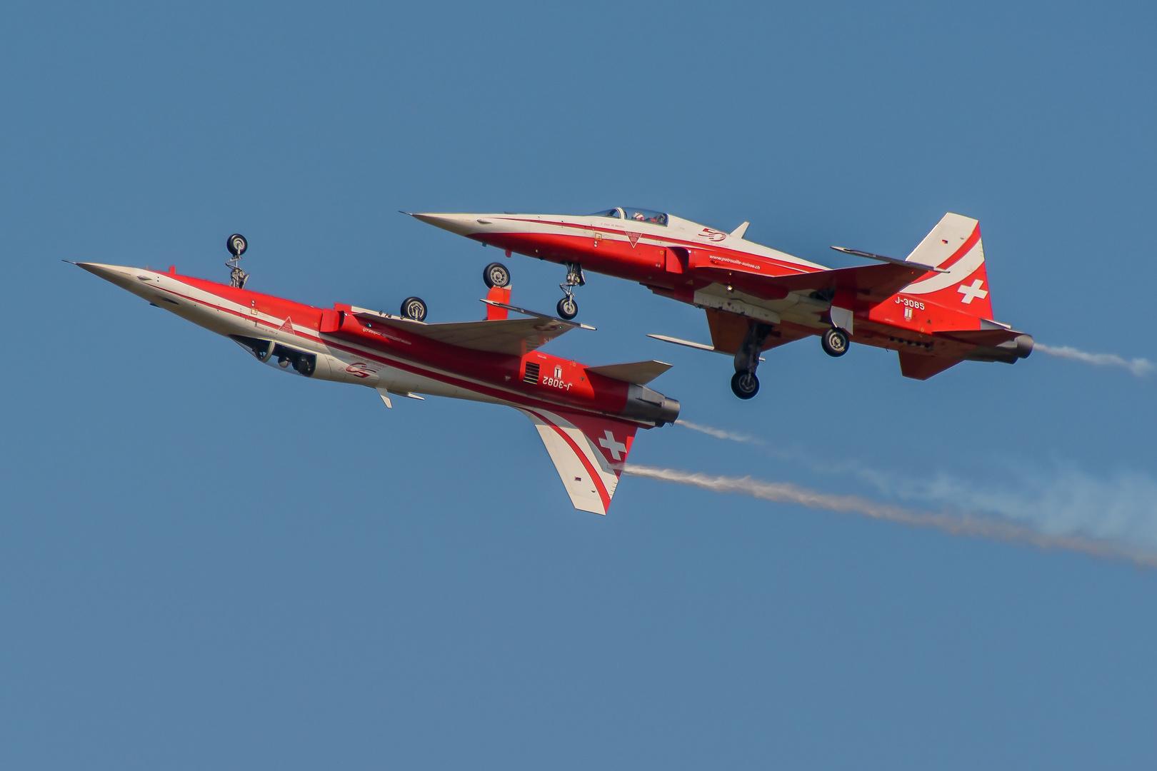 Air-14 04