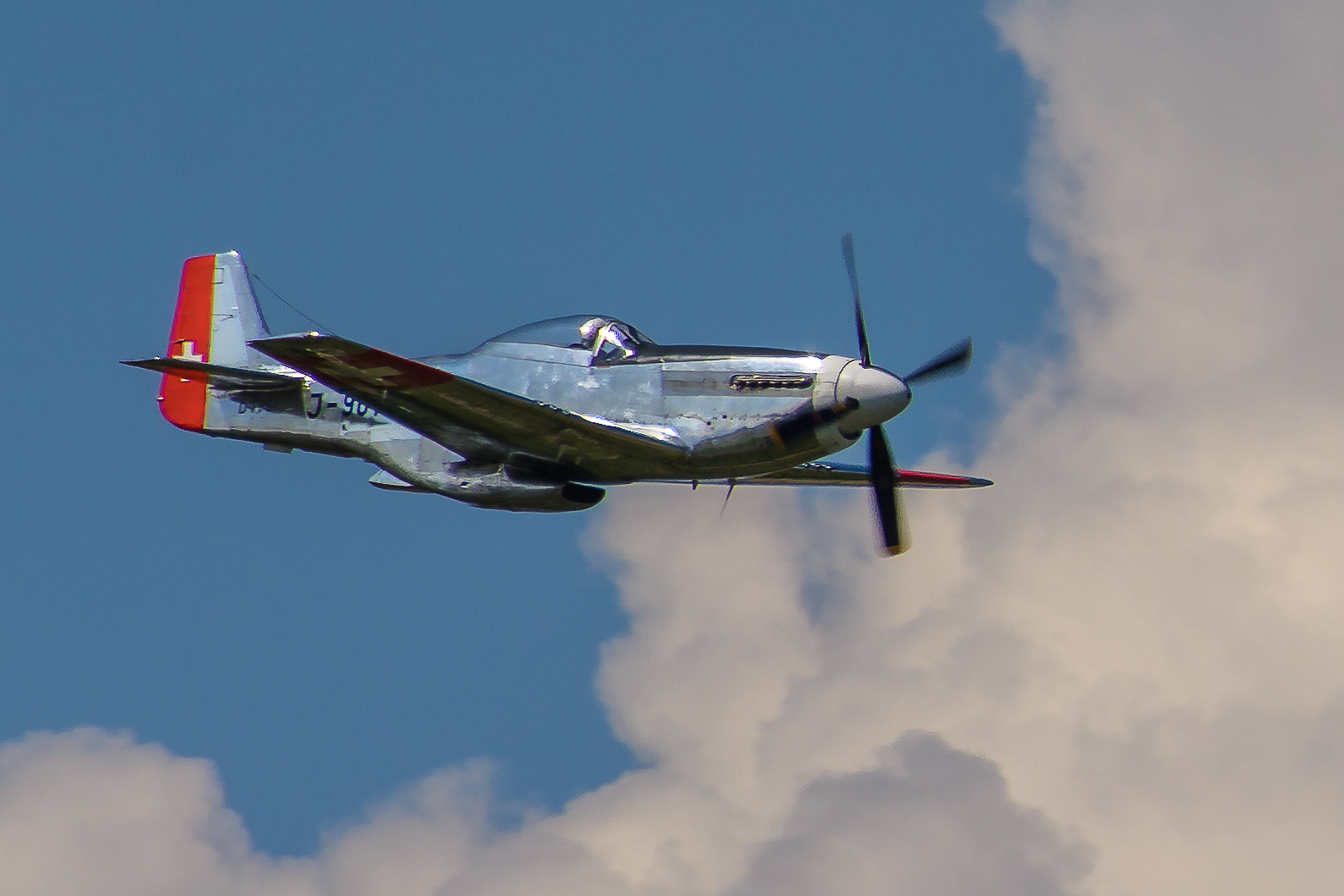 Air-14 06