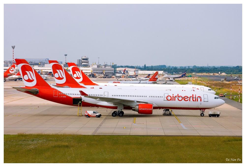 Air Berlin in Reih und Glied