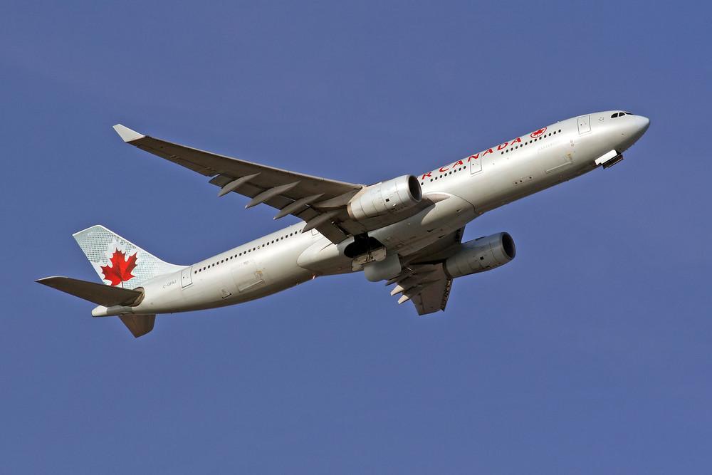 Air Canada Airbus A330-343X (C-GFAJ)