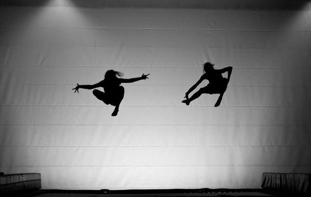air dance.