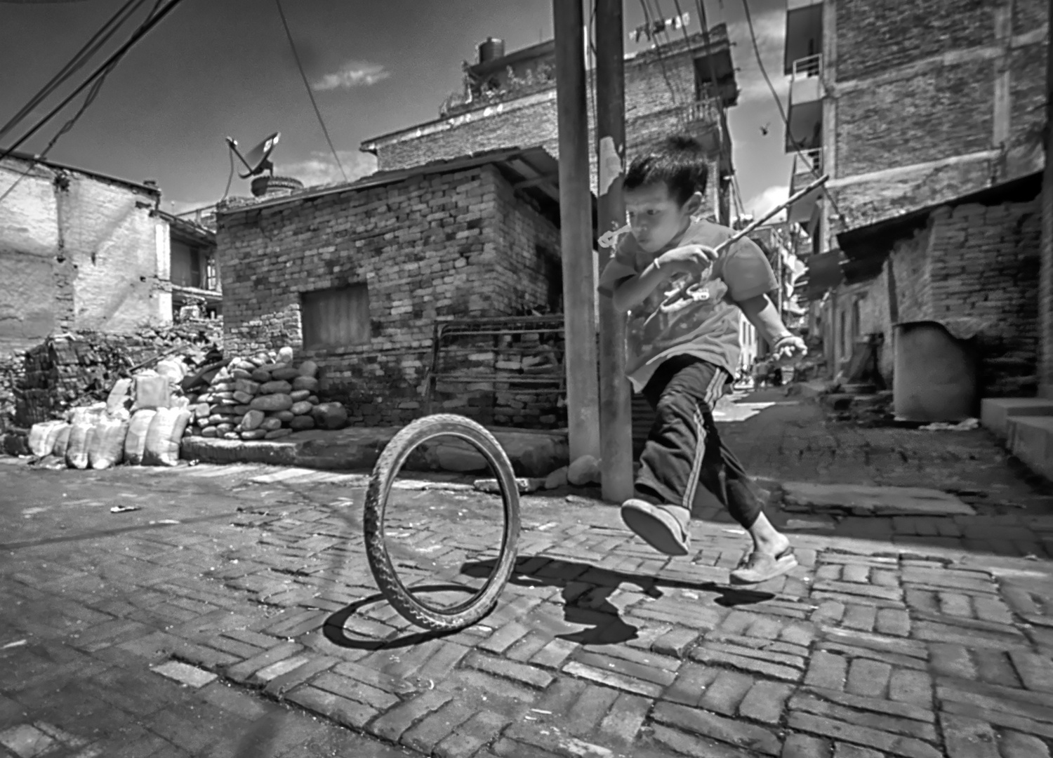 airbornwheel-bw_8140289_openWith_DxO