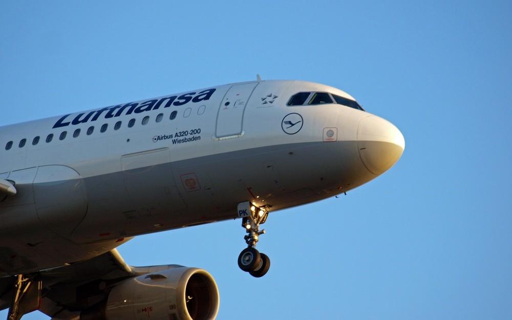 Airbus A 320 - 200