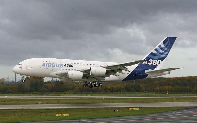 Airbus A 380 in Düsseldorf