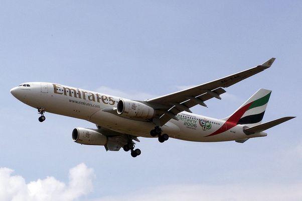 Airbus A330-200 Emirates (A6-EAE)