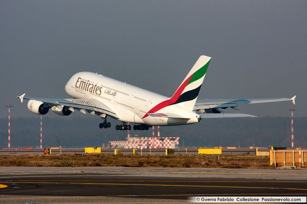 Airbus A380-800 Emirates Take Off